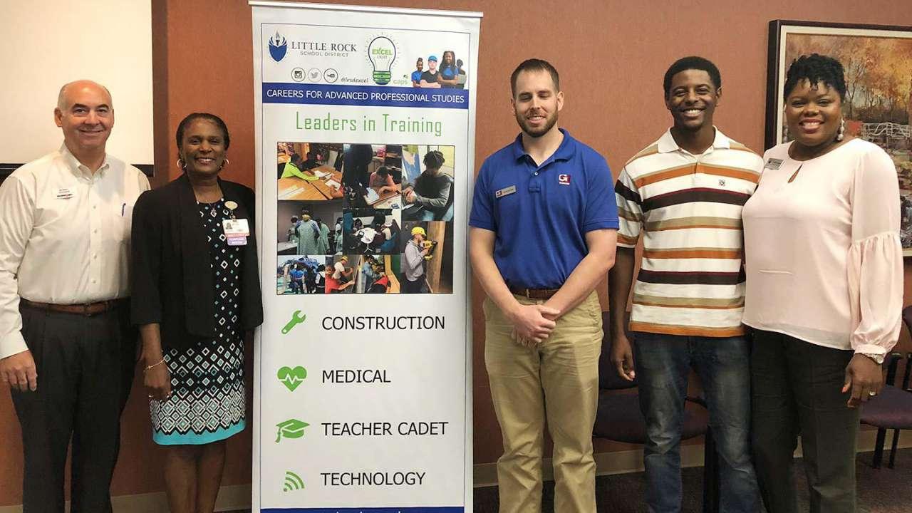 Garver judging helps boost LRSD STEM event