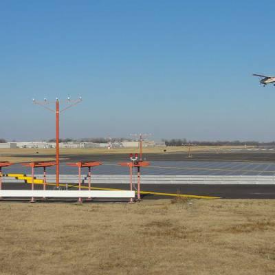 LIT Runway 4 L 22 R EMAS Replacement 6