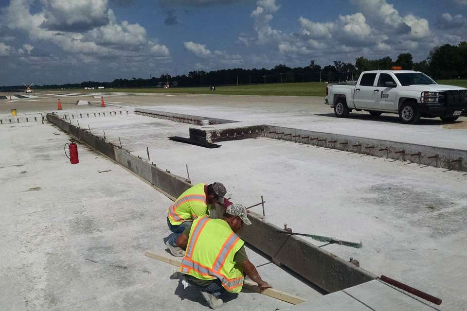 Bill and Hillary Clinton National Airport Fast-Track Lighting Upgrades