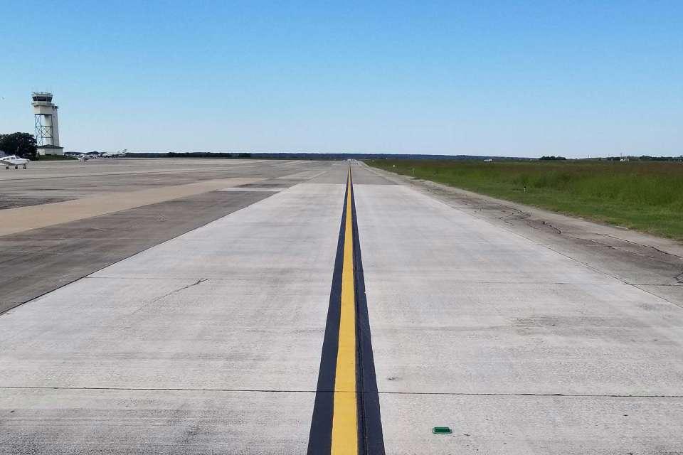 HYI San Marcos Taxiway Improvements 1