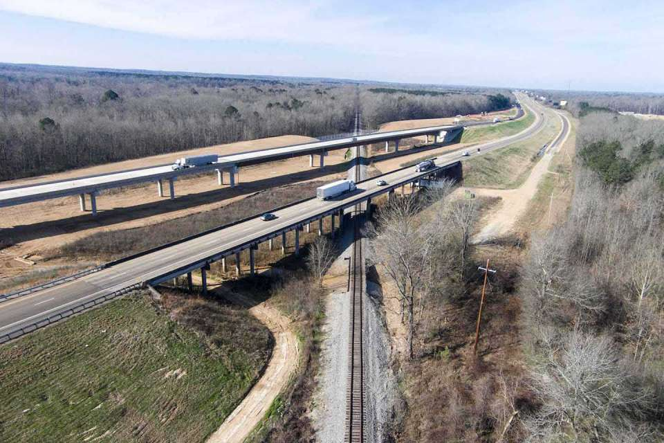 Interstate 20 Eastbound Lanes Photo2