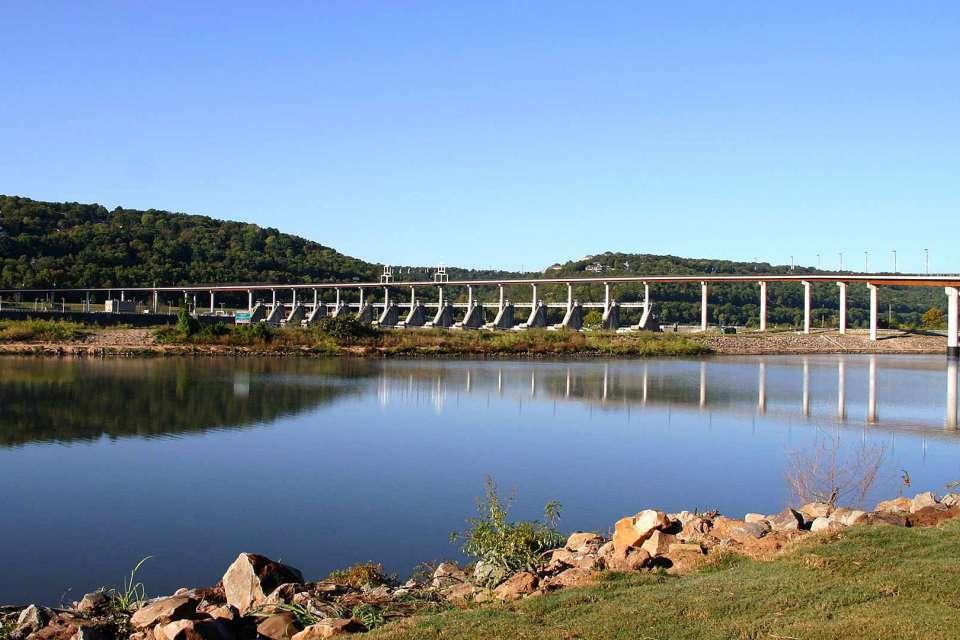 Big Dam Bridge 5